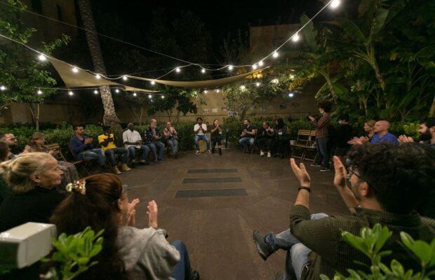 Goethe-Institut Palermo e Cre.Zi. Plus donano la cena dell'Immacolata agli ospiti dei poli diurni e notturni per l'accoglienza